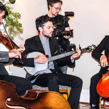 The Avett Brothers Play their Music