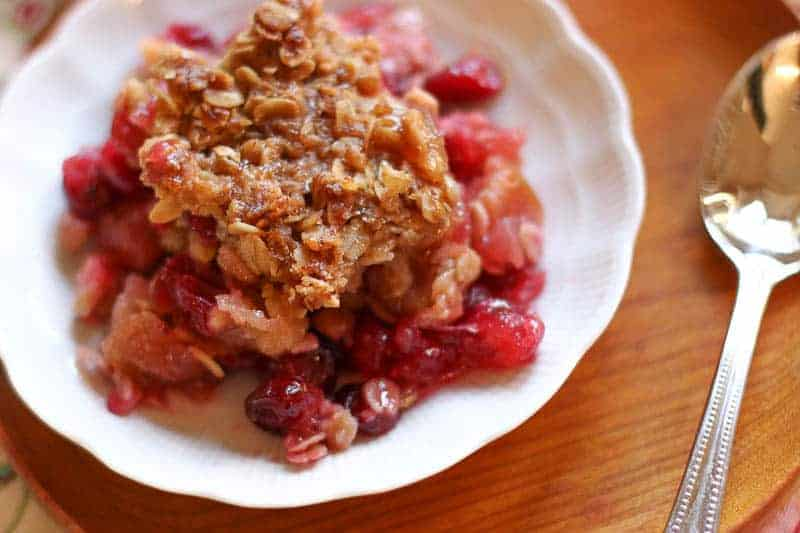 Buttery Cranberry Apple Casserole With Oatmeal Topping