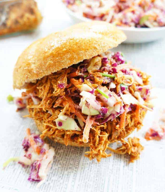 These pulled crockpot BBQ Chicken sandwiches are full of flavour and only take 15 minutes to prepare. A quick, easy and healthy meal for those busy days!