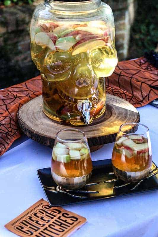 Nothing screams Fall more than apple pie.... Therefore this Apple Pie Sangria is the wonderful way to celebrate Fall. It also makes the perfect adult drink for your Halloween Party entertaining! #ad #worldmarkettribe #wmhalloween