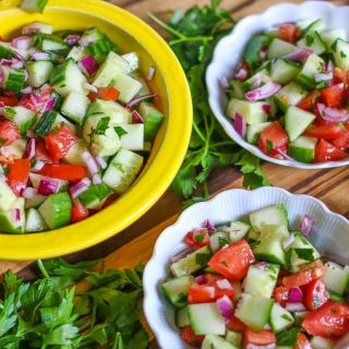 Israeli Salad-A Flavorful, Healthy Middle Eastern Salad