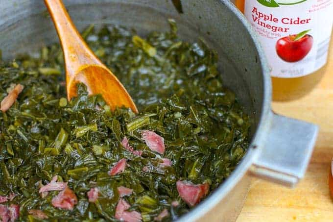 How to cook collard greens- Southern Collard Greens Recipe