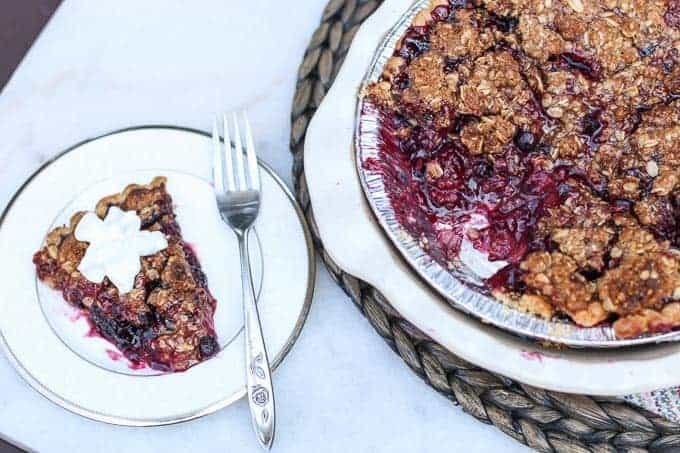 Mixed Berry Pie with Oatmeal Crumble Topping