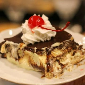 easy chocolate eclair cake